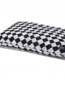 la_millou_bed_pillow_40_x_60_follow_me_chessboard_gozdna-vila